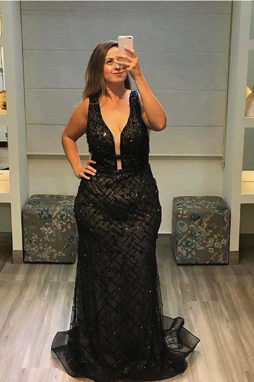 Vestido longo preto bordado, bridesmaid dress, fashion model, party dress, décolletage, formal w ...
