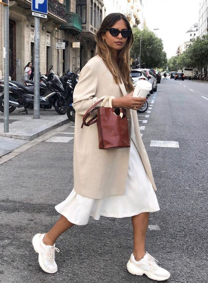White and pink classy outfit with trench coat, sweater, coat