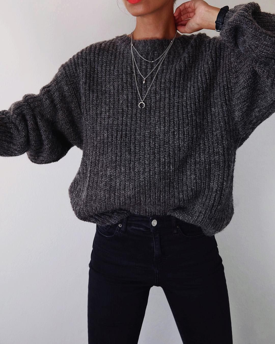 Black sweater outfit aesthetic, casual wear
