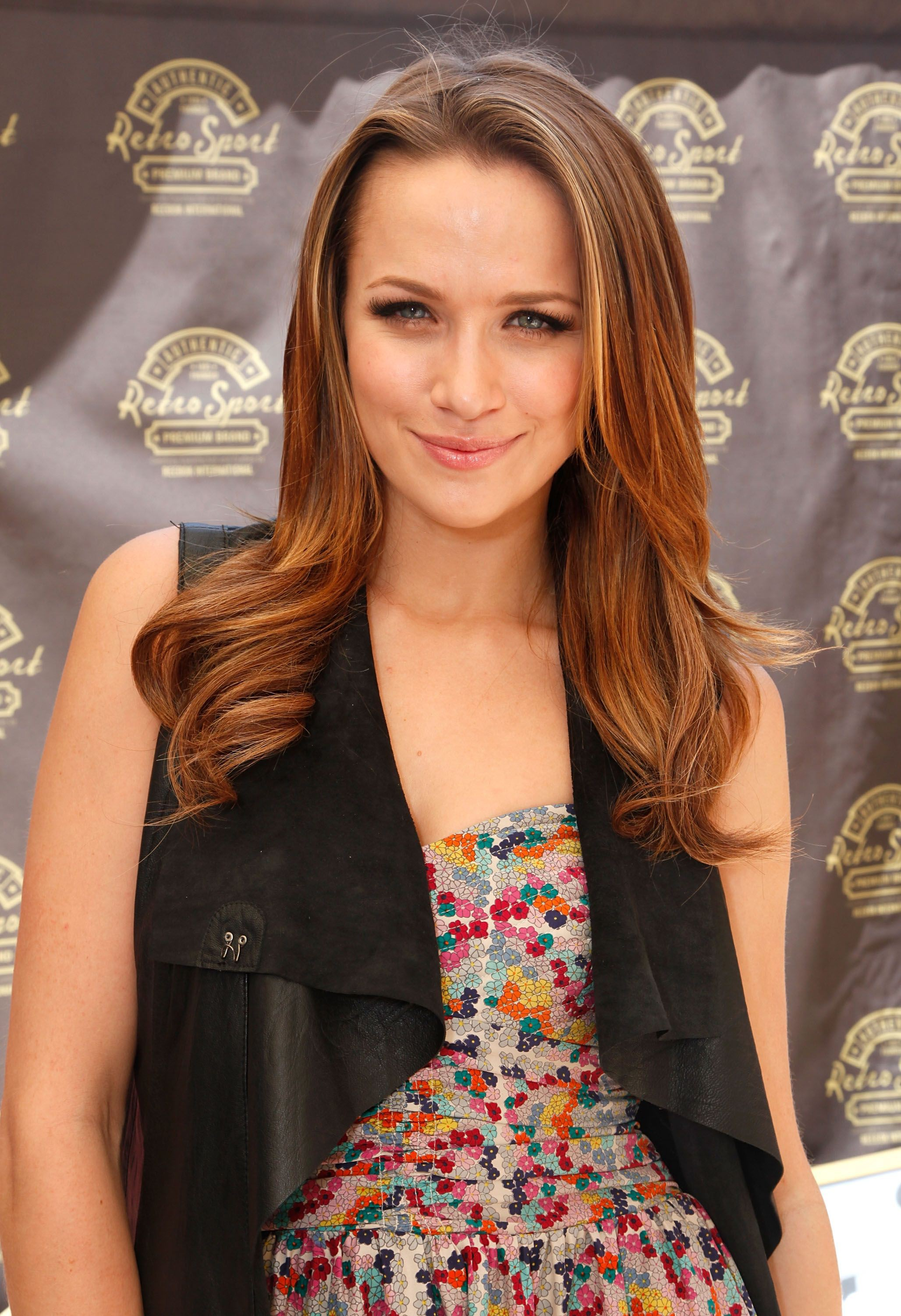 Shantel VanSanten cute blond hairs, Long Hairstyle Girls, Hairstyle For Girls