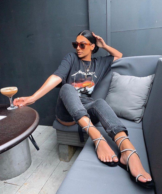 Naysha Wiley denim, jeans dress for women, legs pic