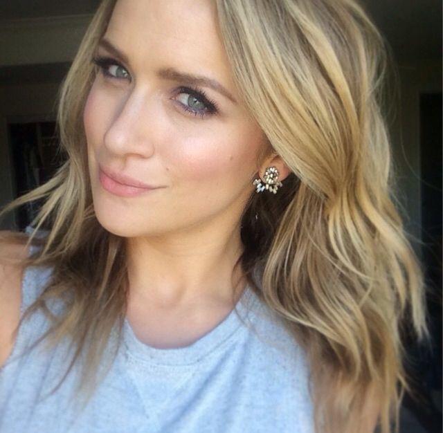 Shantel VanSanten in blond hairs, Face Makeup Ideas, Beautiful Lips