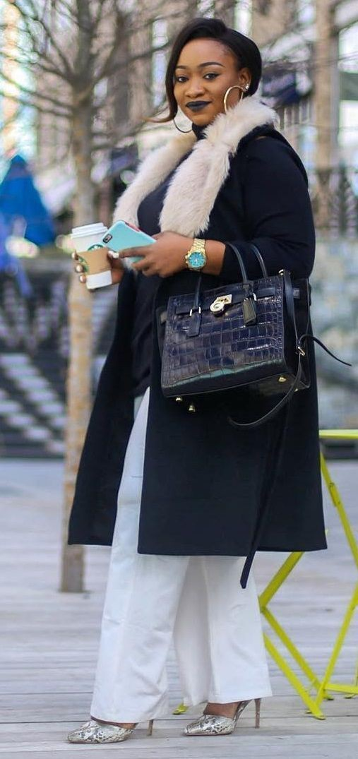 Colour outfit with jeans, coat, fur