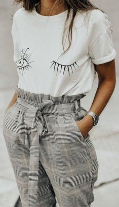 Paper bag pants outfit, belted trousers, paper bag