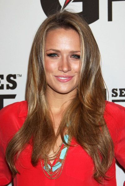 Shantel VanSanten natural blong hairs, Face Makeup Ideas, Hairstyles For Long Hair