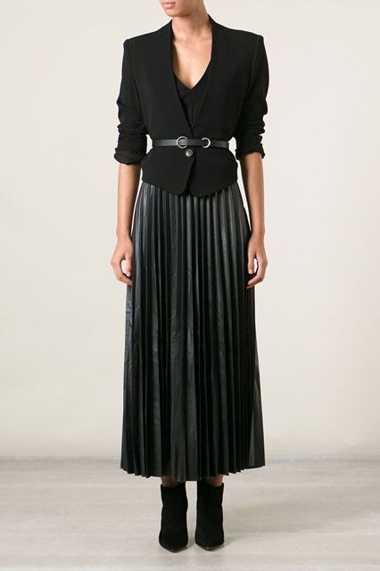 Black colour outfit, you must try with formal wear, blazer, skirt