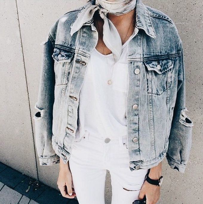 Outfit Pinterest with trousers, shorts, jacket