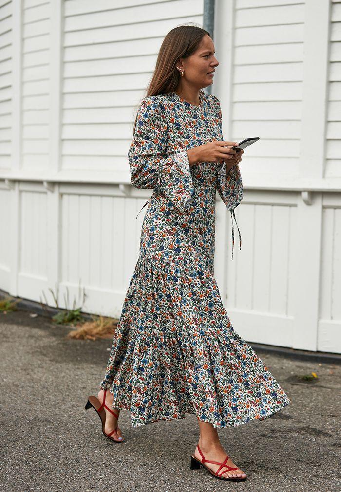 White clothing ideas with dress sandal, shoe