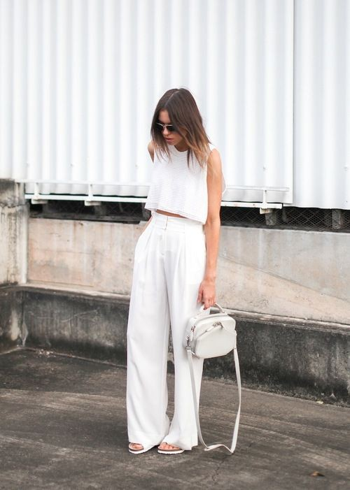 White pants and white top outfit