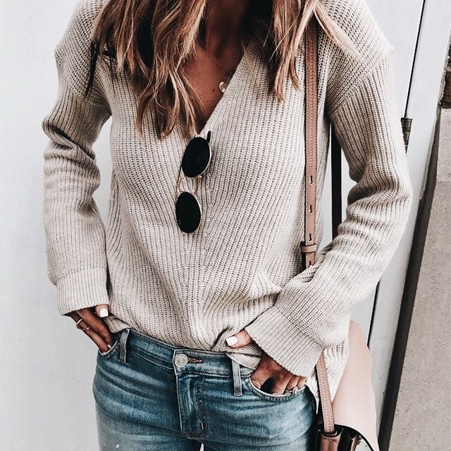 White clothing ideas with sweater, hoodie, jeans