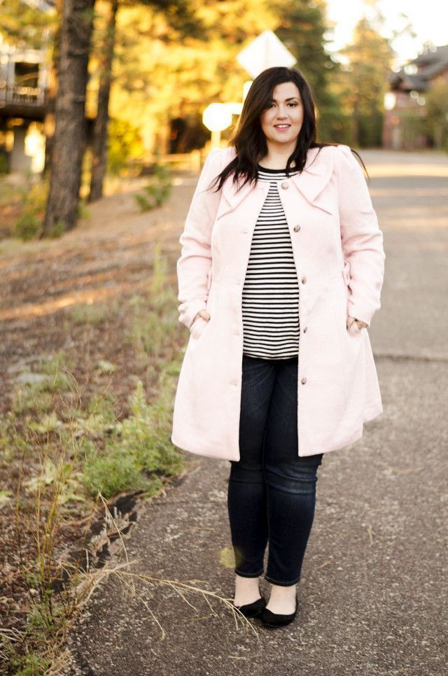 White and pink colour outfit ideas 2020 with trench coat, jacket, jeans