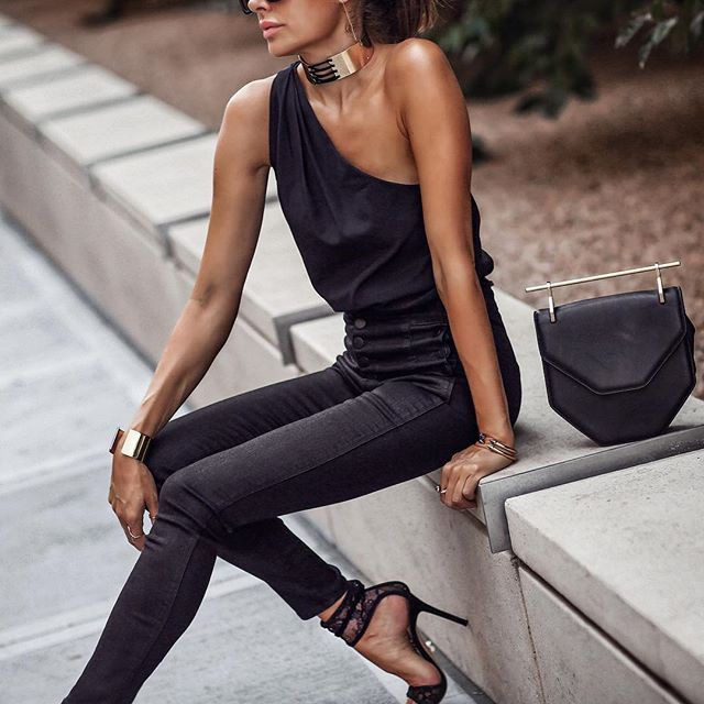 Black colour outfit, you must try with trousers, jeans
