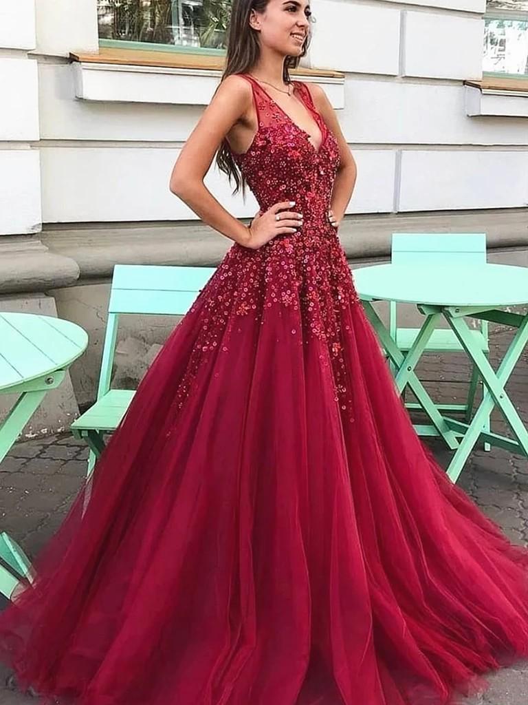 Dark red prom dress bridal party dress, fashion model