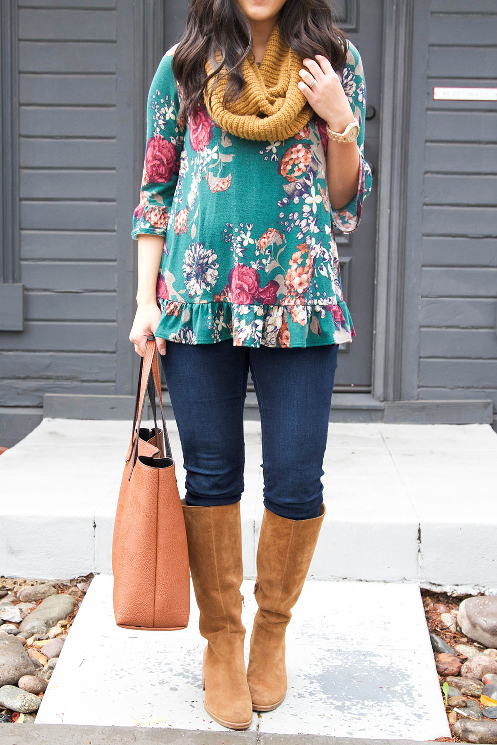 Turquoise and brown colour ideas with leggings, denim, jeans