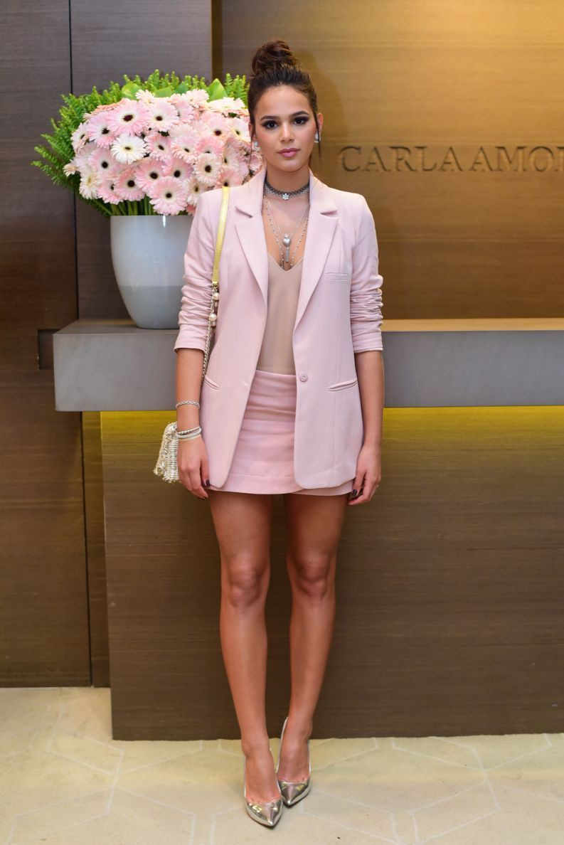White and pink outfit ideas with formal wear, blazer shoe