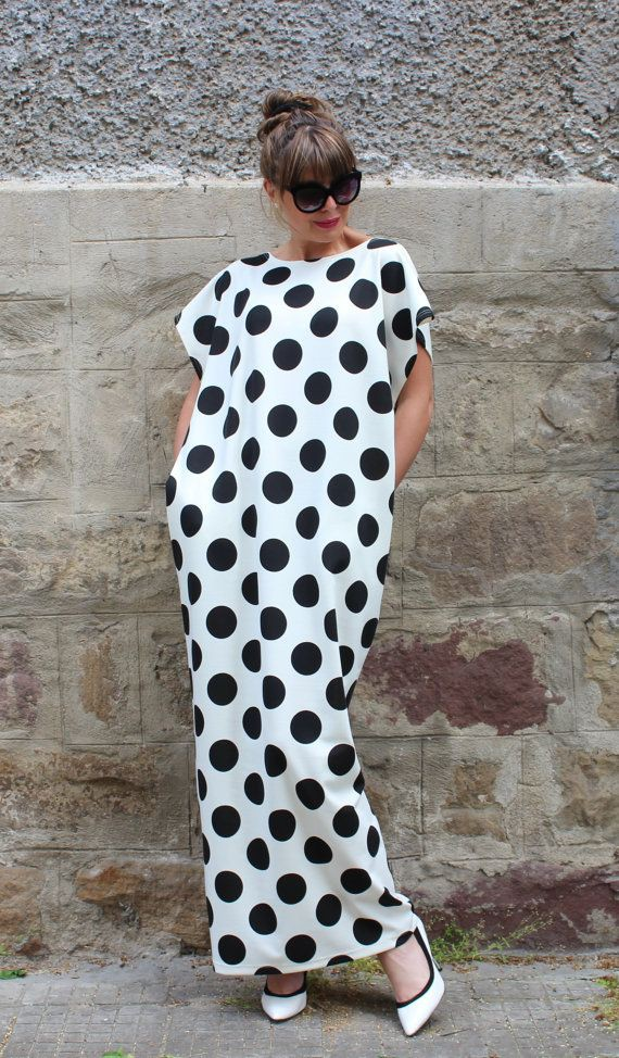 Black and white outfit ideas with maxi dress, polka dot