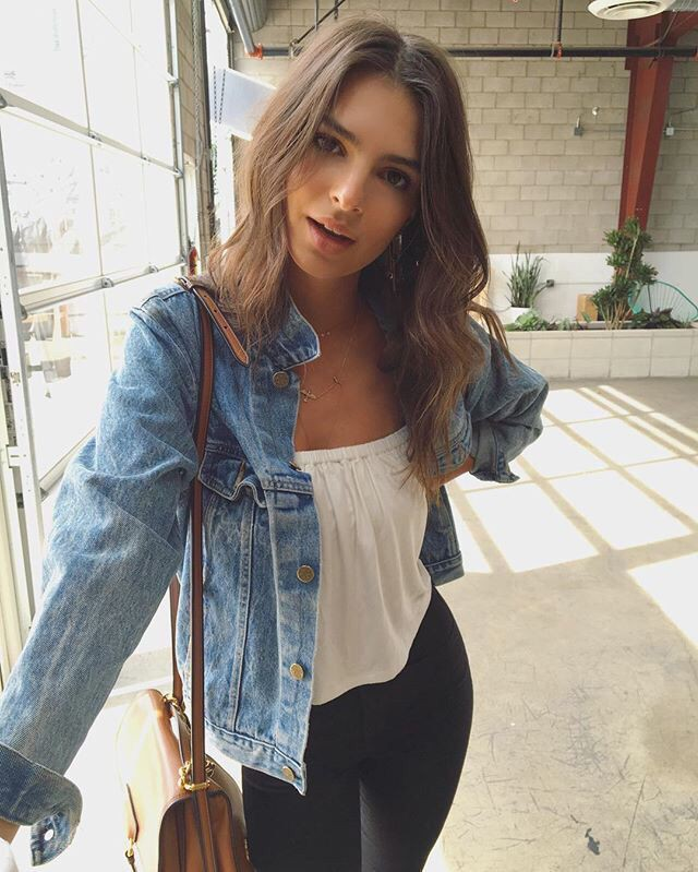 Emily ratajkowski denim jacket, emily ratajkowski, street fashion, jean jacket, crop top