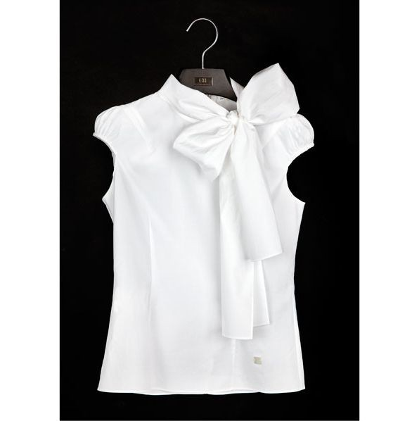 Blusa de medio lado ready to wear, sleeveless shirt