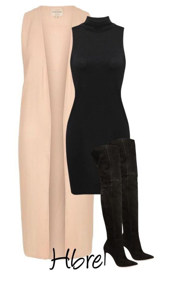 Vestido negro con chaleco mostaza