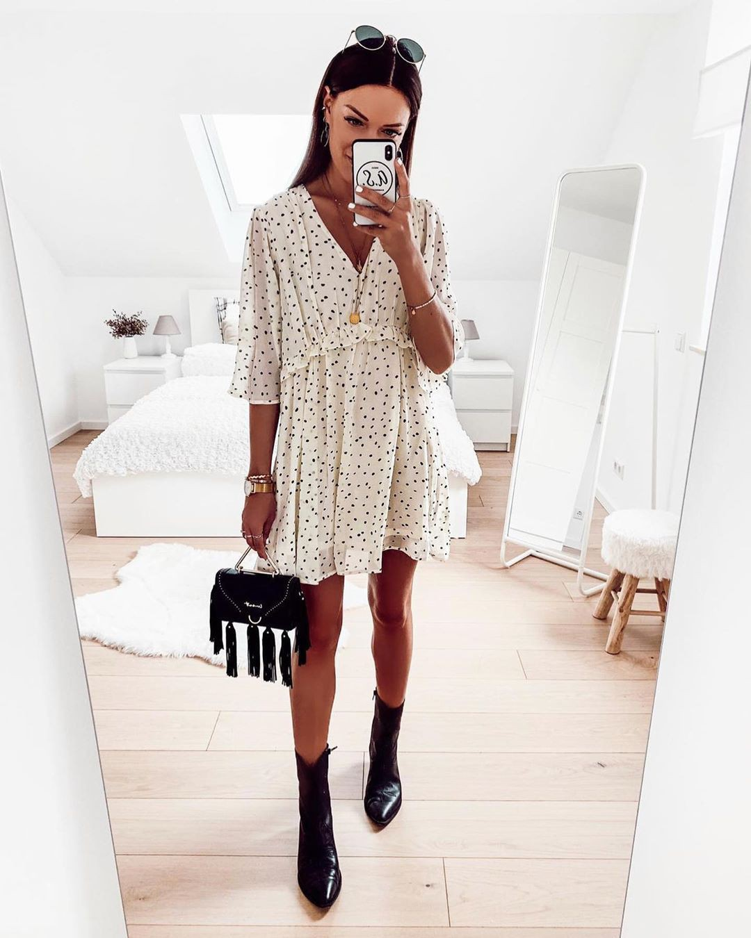 White colour outfit, you must try with