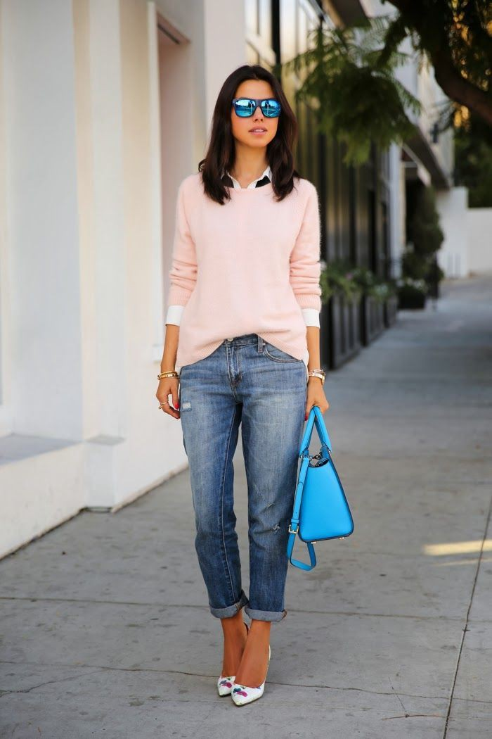 Outfit style pink sweater jeans, street fashion, jean jacket