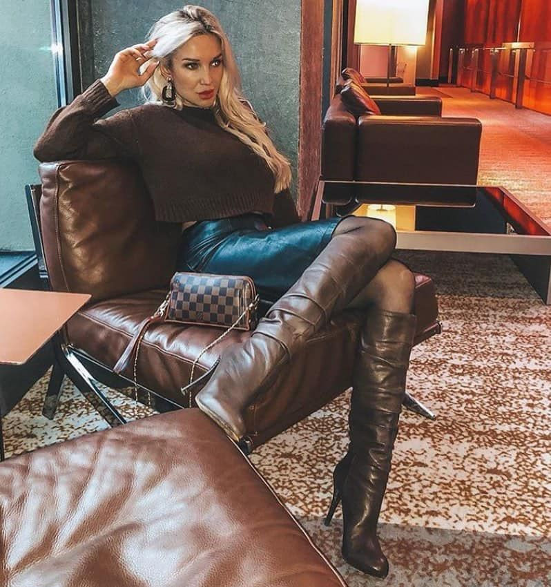 Brown colour outfit ideas 2020 with trousers, leather, skirt