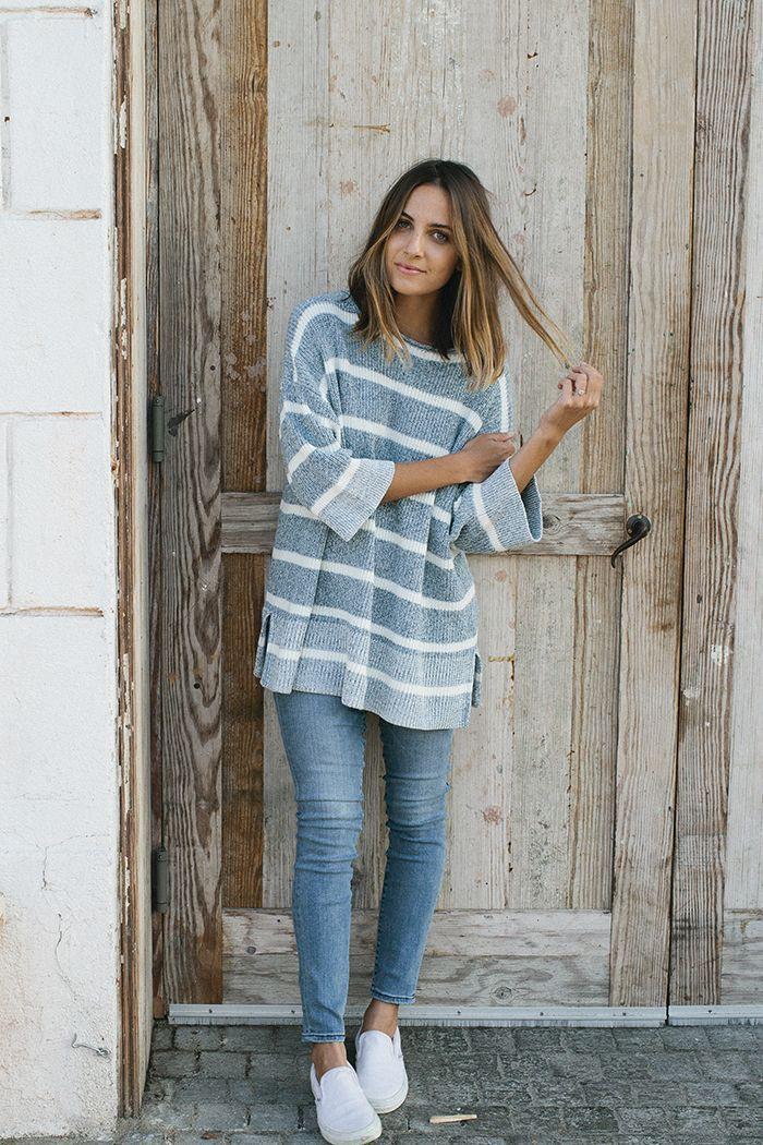 Colour dress jeans sweater outfit slim fit pants, street fashion