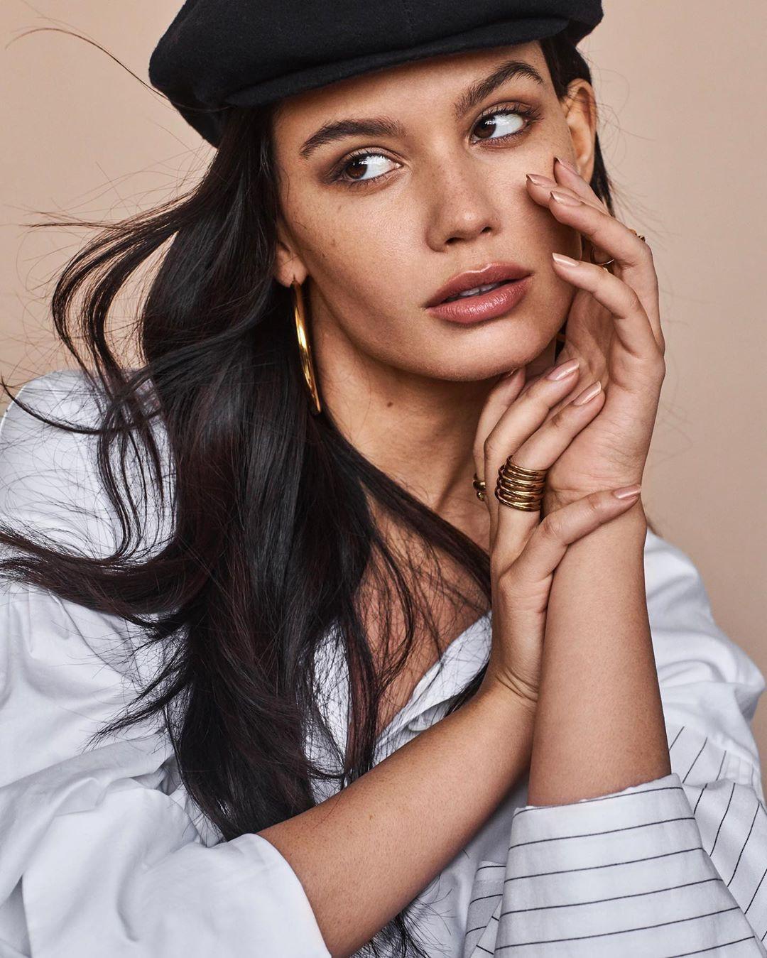Anne De Paula girls photoshoot, Cute Face, Lip Makeup