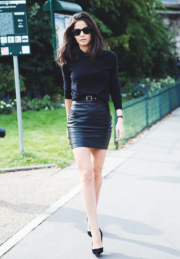 Leather mini skirt outfit, street fashion, leather skirt, t shirt