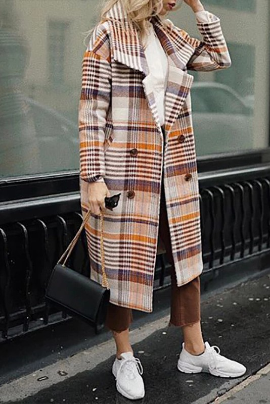 Colour outfit with trench coat, overcoat, tartan