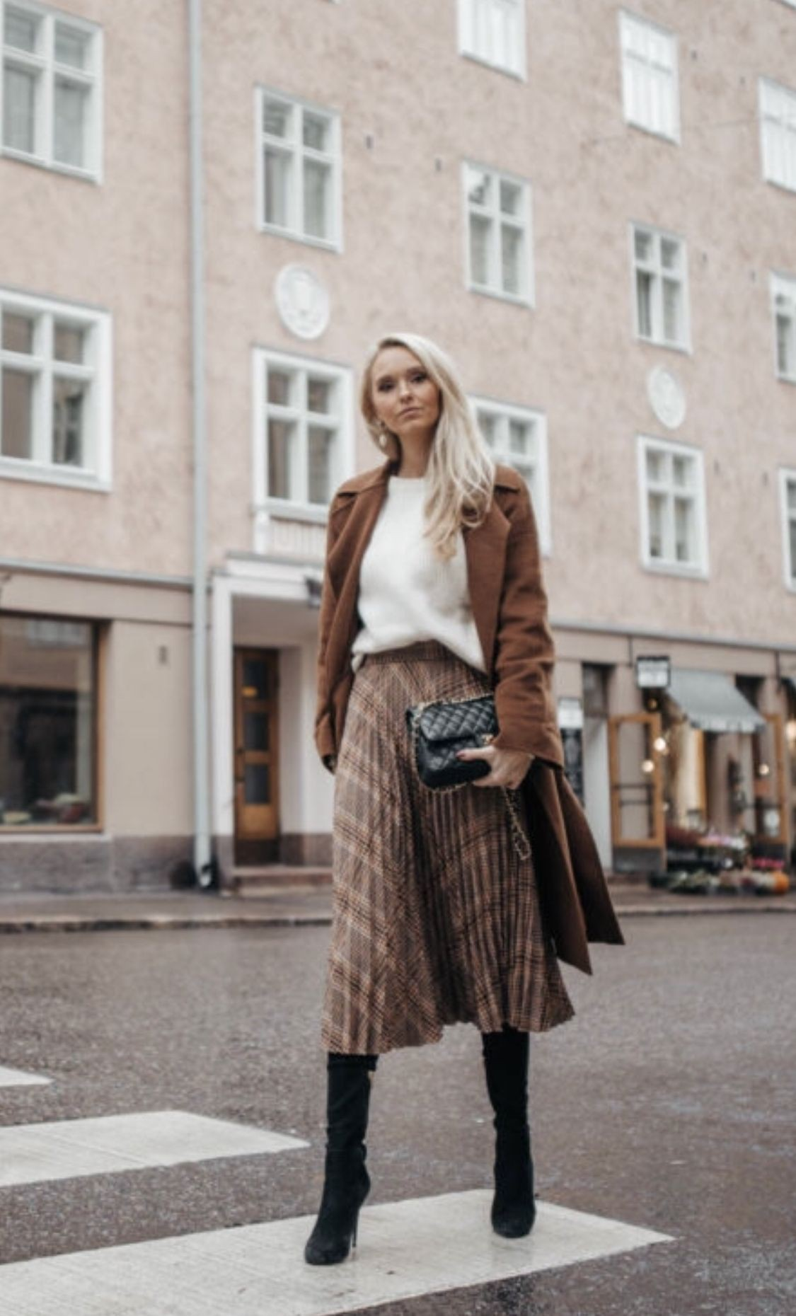 Pleat skirt work outfit, street fashion, a line