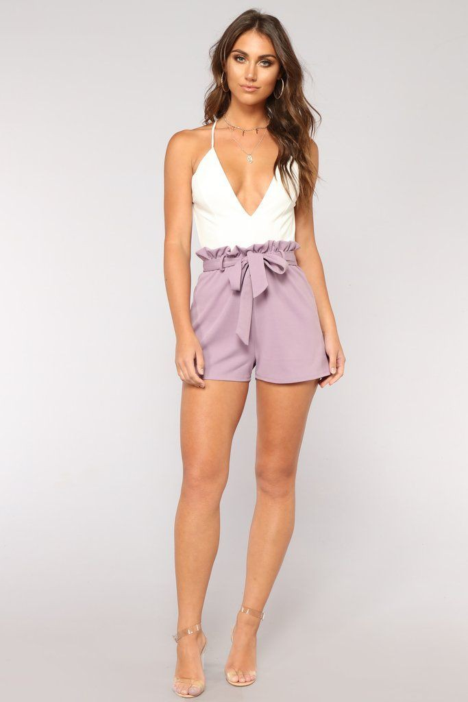 White and lavender romper, Photo shoot