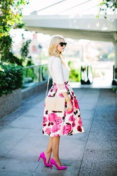 Pink floral skirt outfit floral print skirt, street fashion