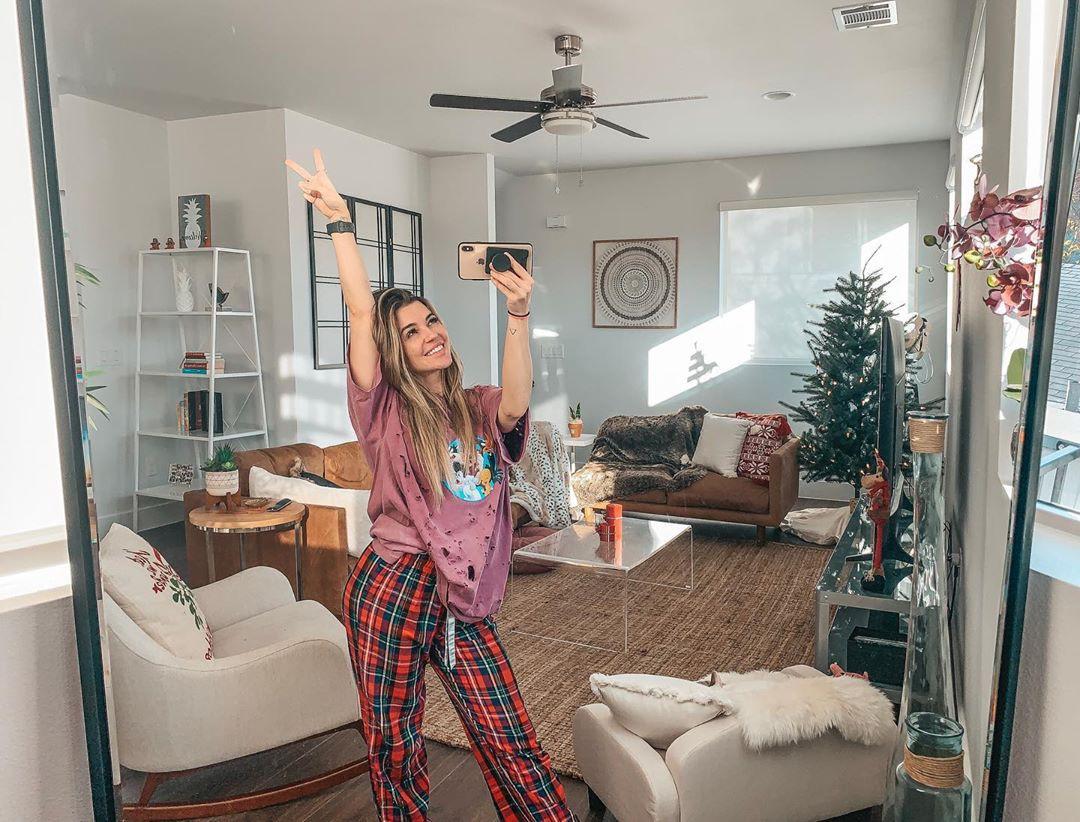 Nikki Blackketter outfit ideas, interior design, furniture