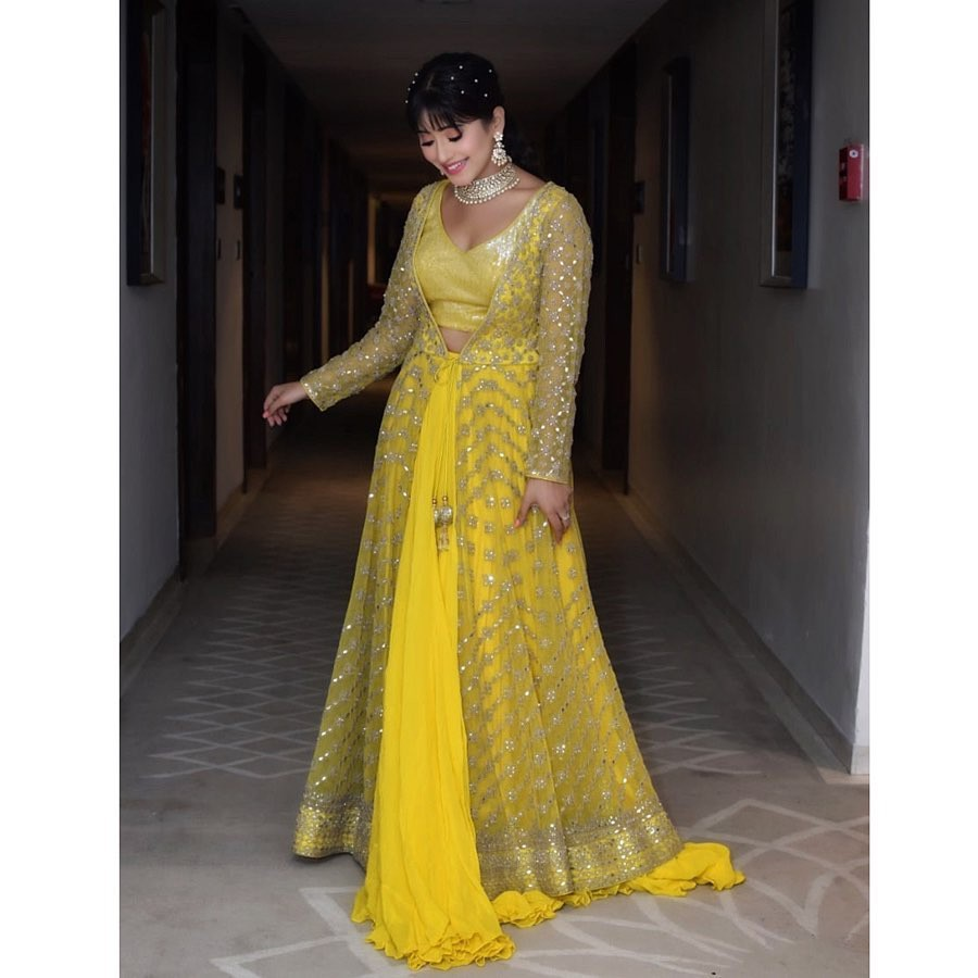 yellow colour outfit, you must try with dress, gown, fashion ideas