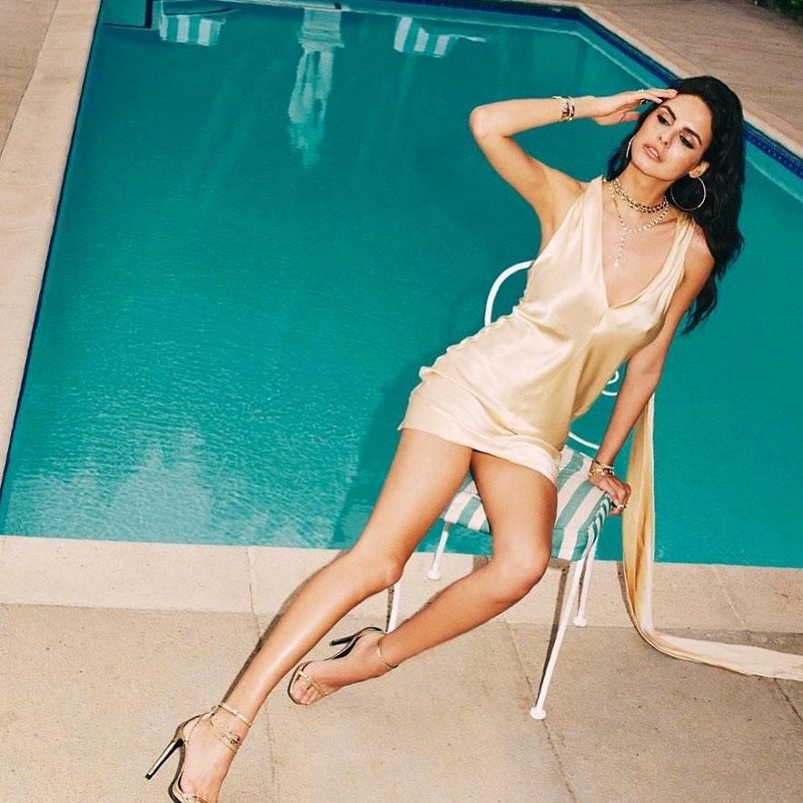 Bojana Krsmanovic instagram photoshoot, woman thighs, legs photo