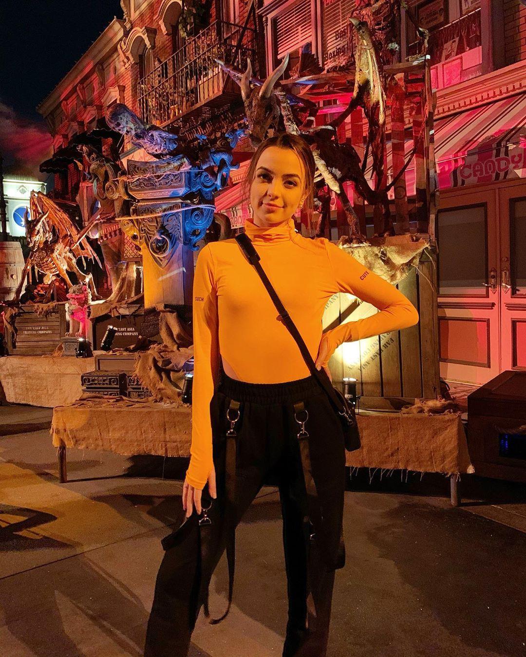 Vanessa Merrell outdoor fun, attire ideas, performance