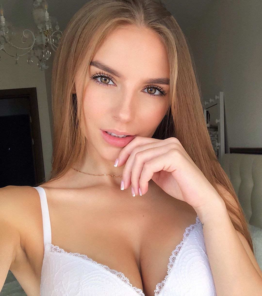 Galina Dub lingerie outfits for women, blond hairs pic, Girls Lips