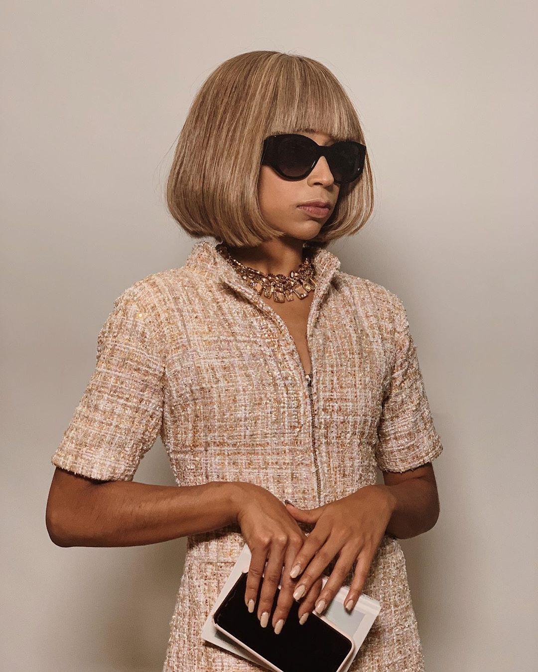 Liza Koshy beautiful blond hairs, Hair Style, sunglasses, eyewear