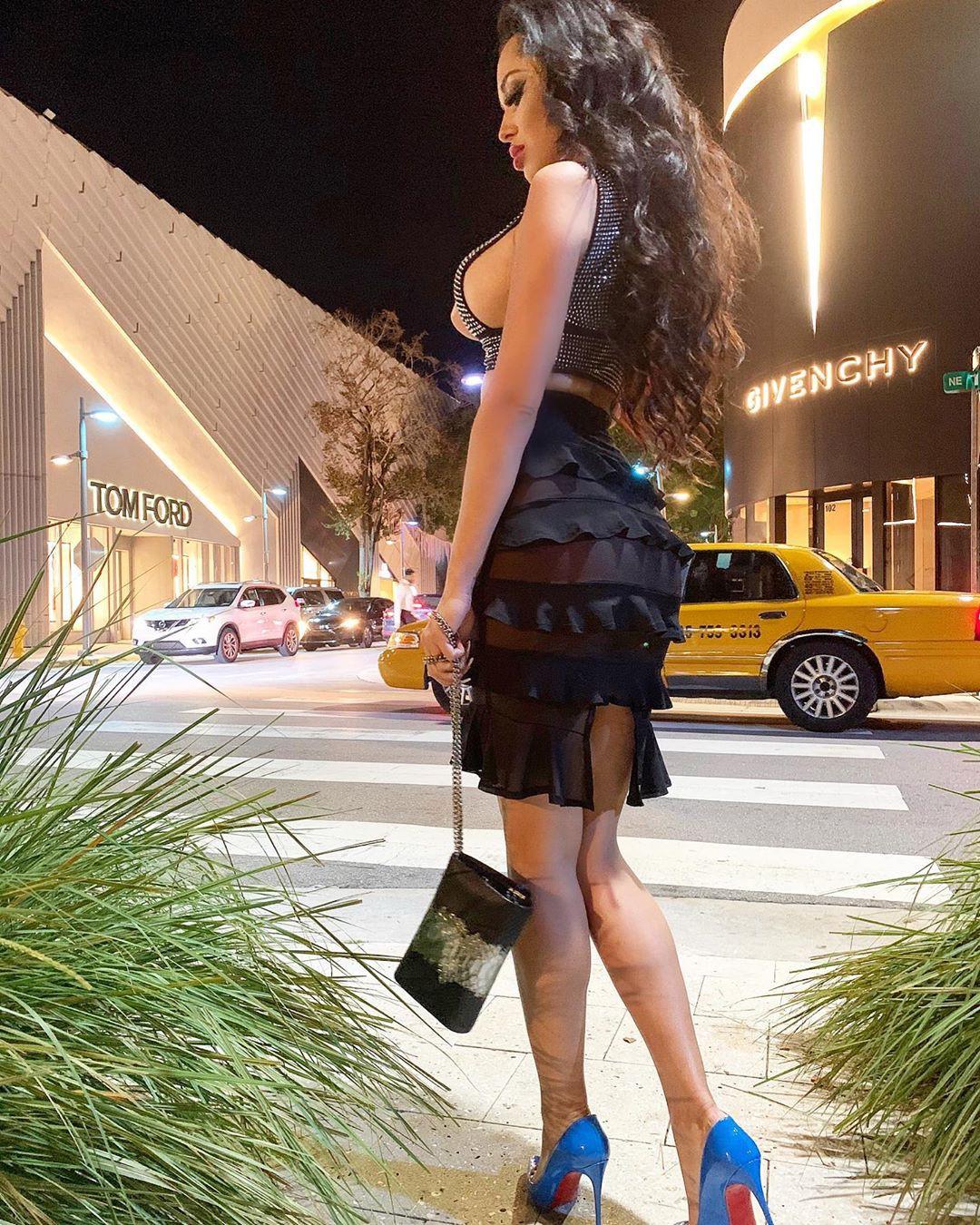 Playmate Kamila dress outfit pinterest, hot legs, hot legs photos
