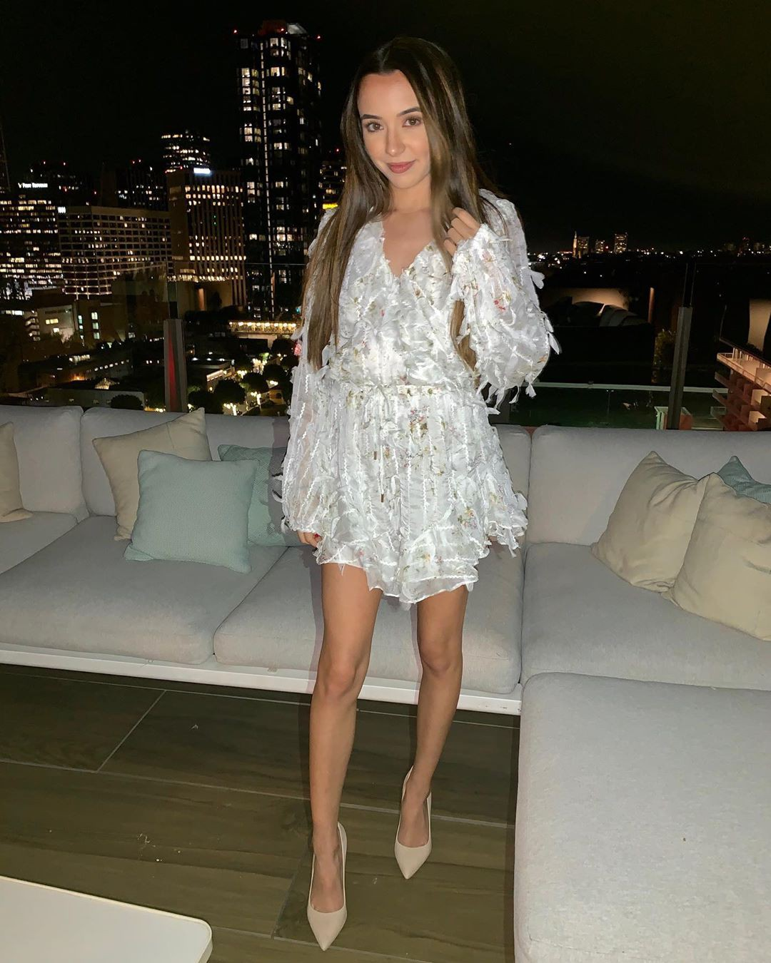 white colour combination with cocktail dress, sexy leg picture