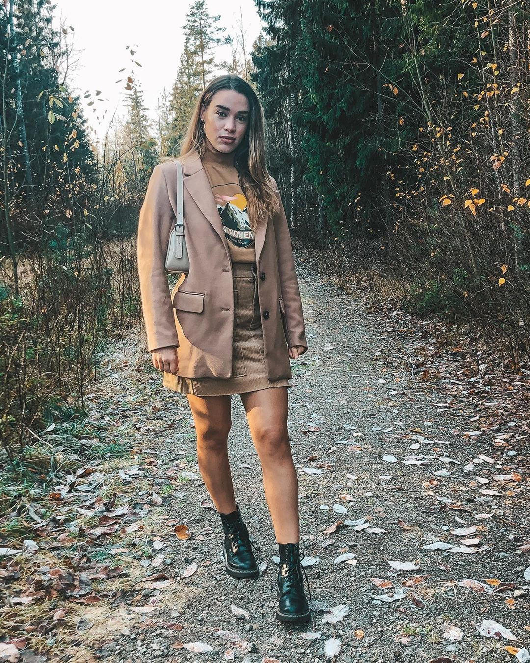 brown clothing ideas with dress, instagram pictures ideas, Outerwear