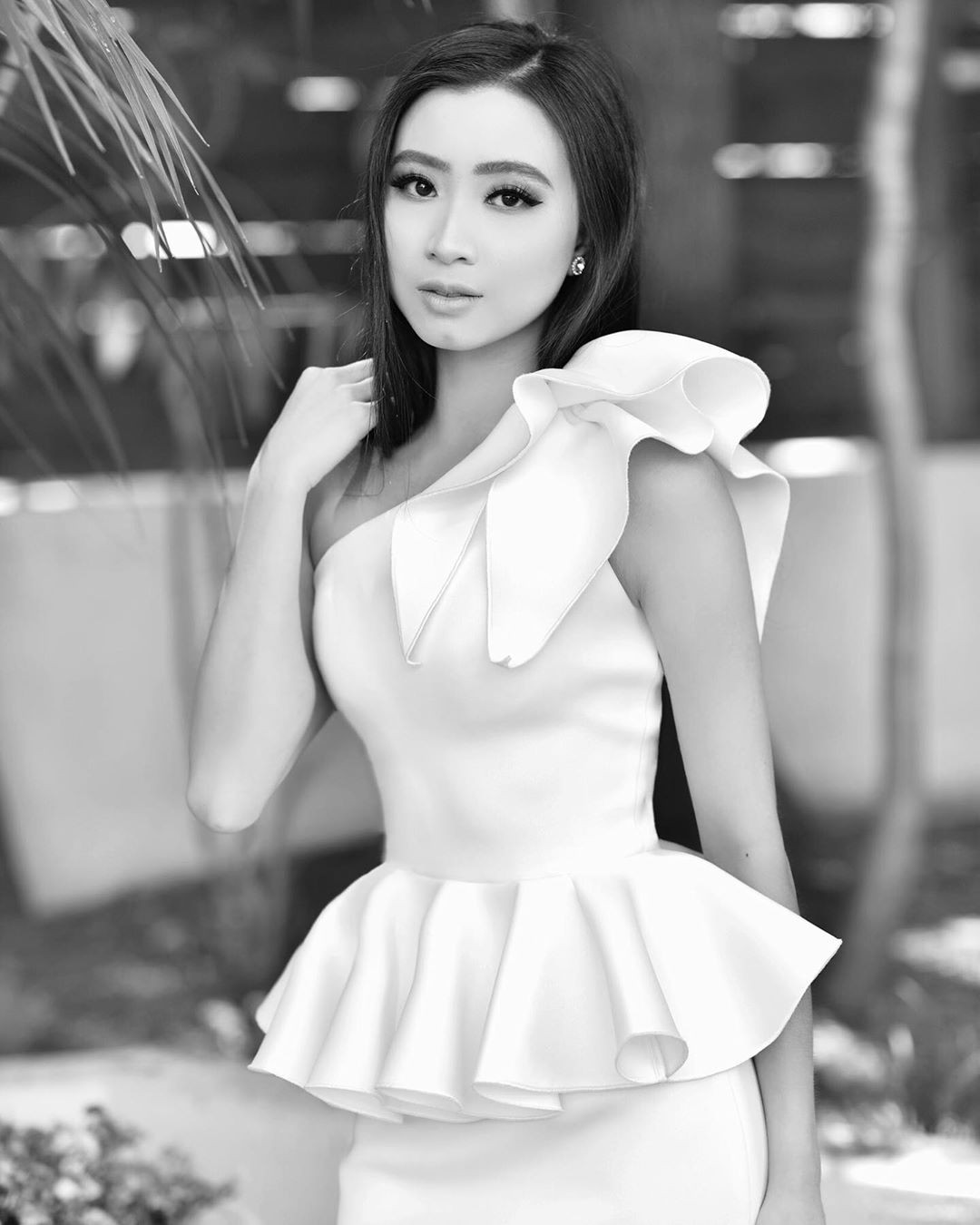 Elizabeth Nguyen photography ideas, Natural Lips, Hottest Model In World