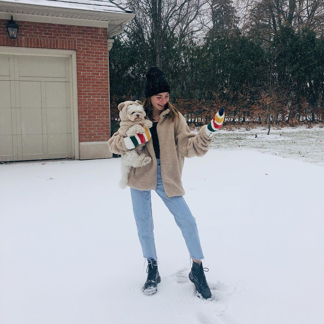 Lauren Orlando jacket, fur colour outfit, cute girls photos