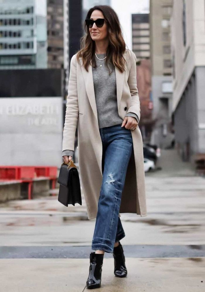 Jeans winter street style, winter clothing, street fashion, trench coat