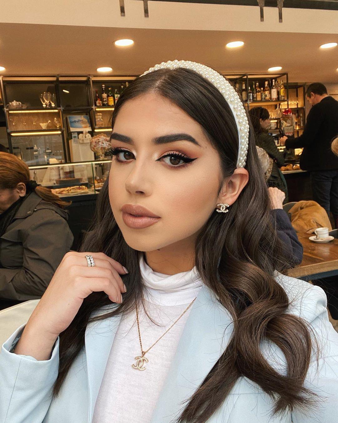 Amanda Diaz Cute Girls Face, Lip Makeup, Haircuts
