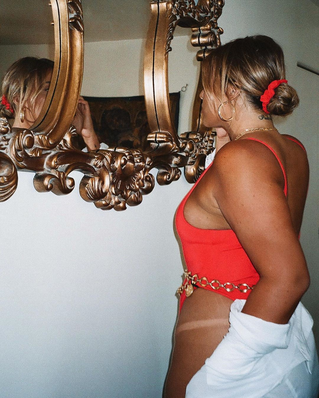 Stephanie Viada hot instagram photo, dress fashion accessory colour dress
