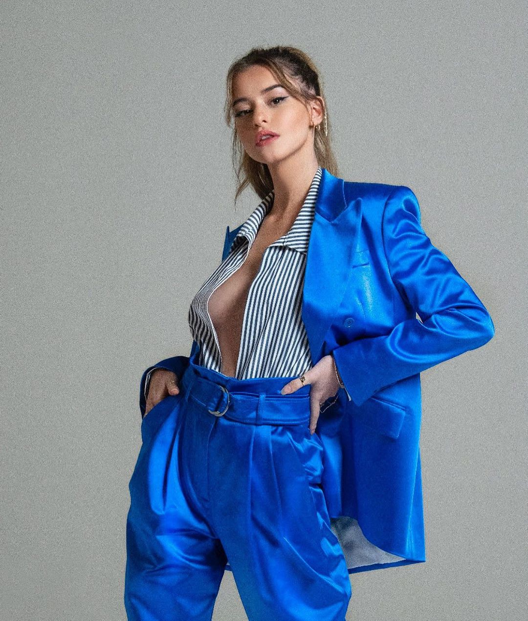 Electric blue and cobalt blue leather, jacket, wardrobe ideas