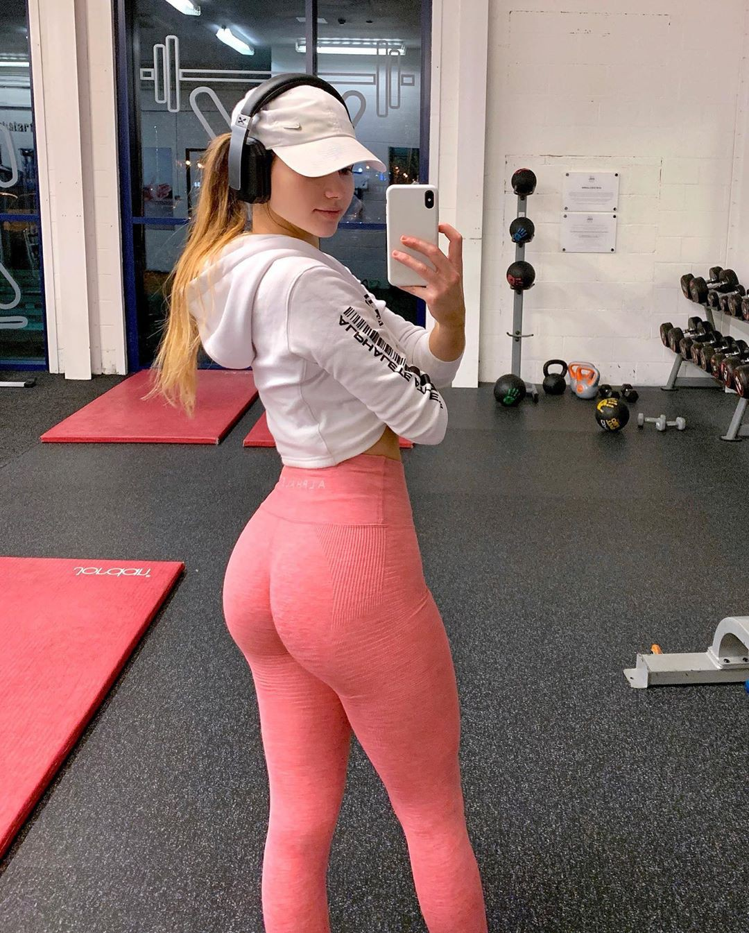 pink outfits for women with sportswear, leggings, tights