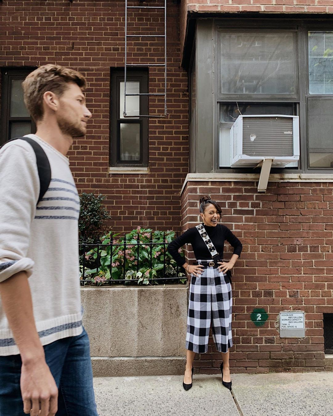 Liza Koshy tartan colour outfit ideas 2020, photography for girl, outfit designs